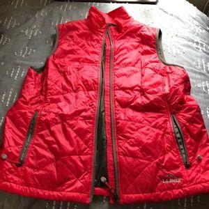 LL Bean Light Weight Puffer vest
